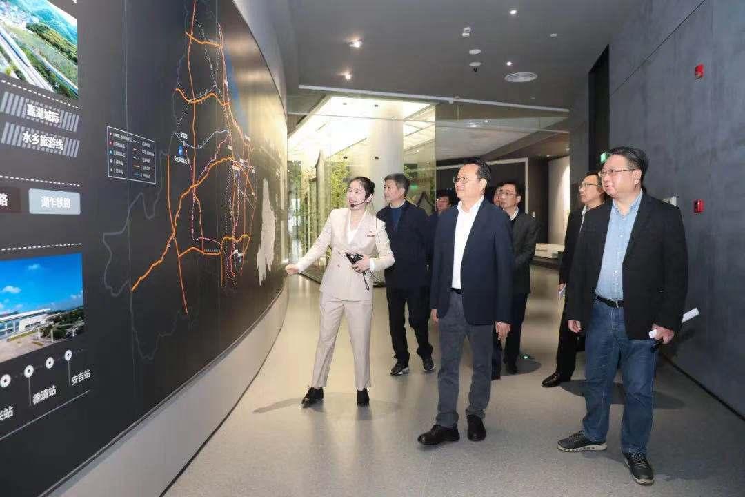 市委副书记、市长王纲调研城市规划和管理工作